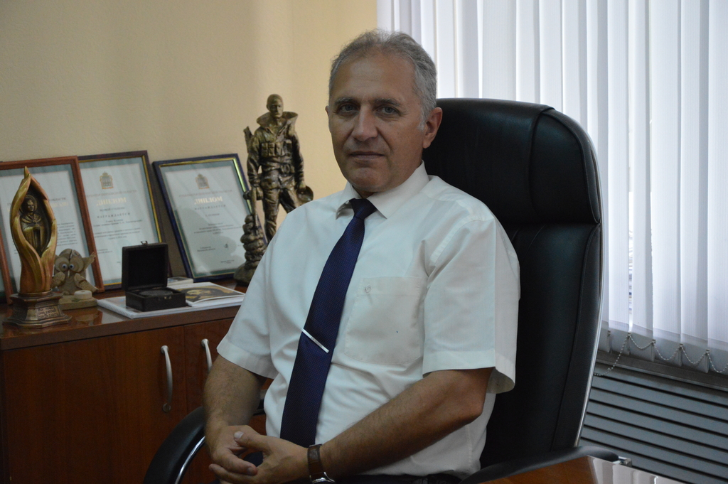 Поздравление главы администрации Сергея Златогорского с праздником Курбан-Байрам