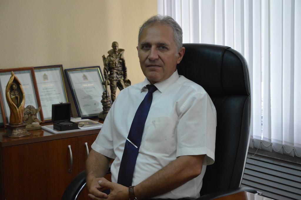 Поздравление главы администрации Сергея Златогорского с Днем работников дорожного хозяйства