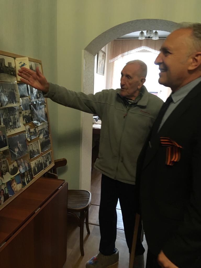 В Кузнецке участникам Великой Отечественной войны вручены губернаторские продуктовые  наборы