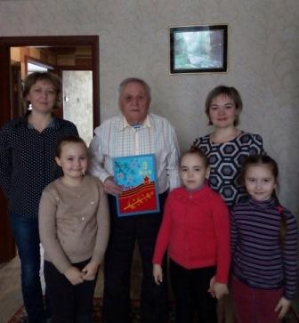 Воспитанники детского сада №29 побывали в гостях у ветерана