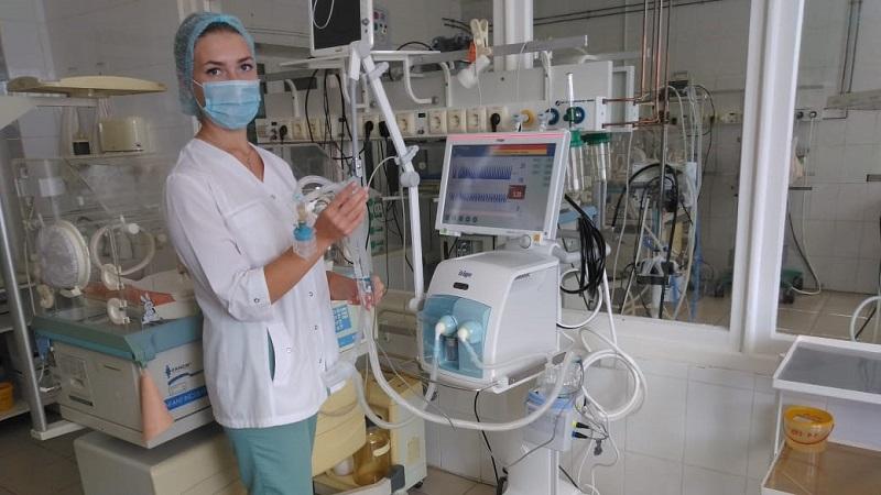 В детскую больницу поступил аппарат искусственной вентиляции лёгких